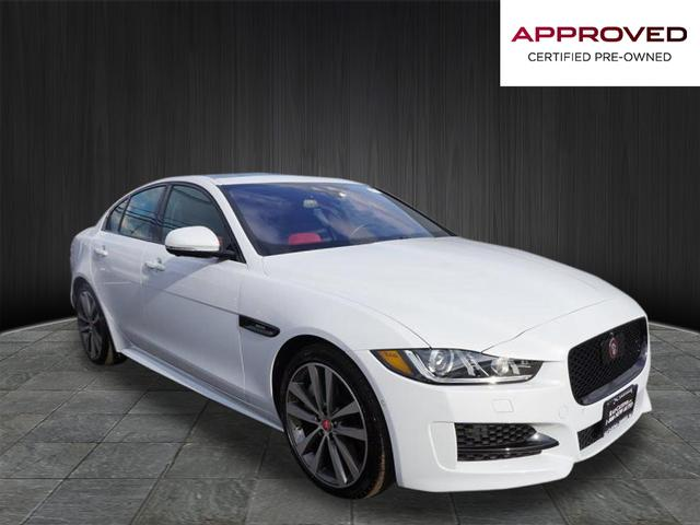 Certified Pre-Owned 2017 Jaguar XE 35t R-Sport RWD 35t R-Sport 4dr Sedan